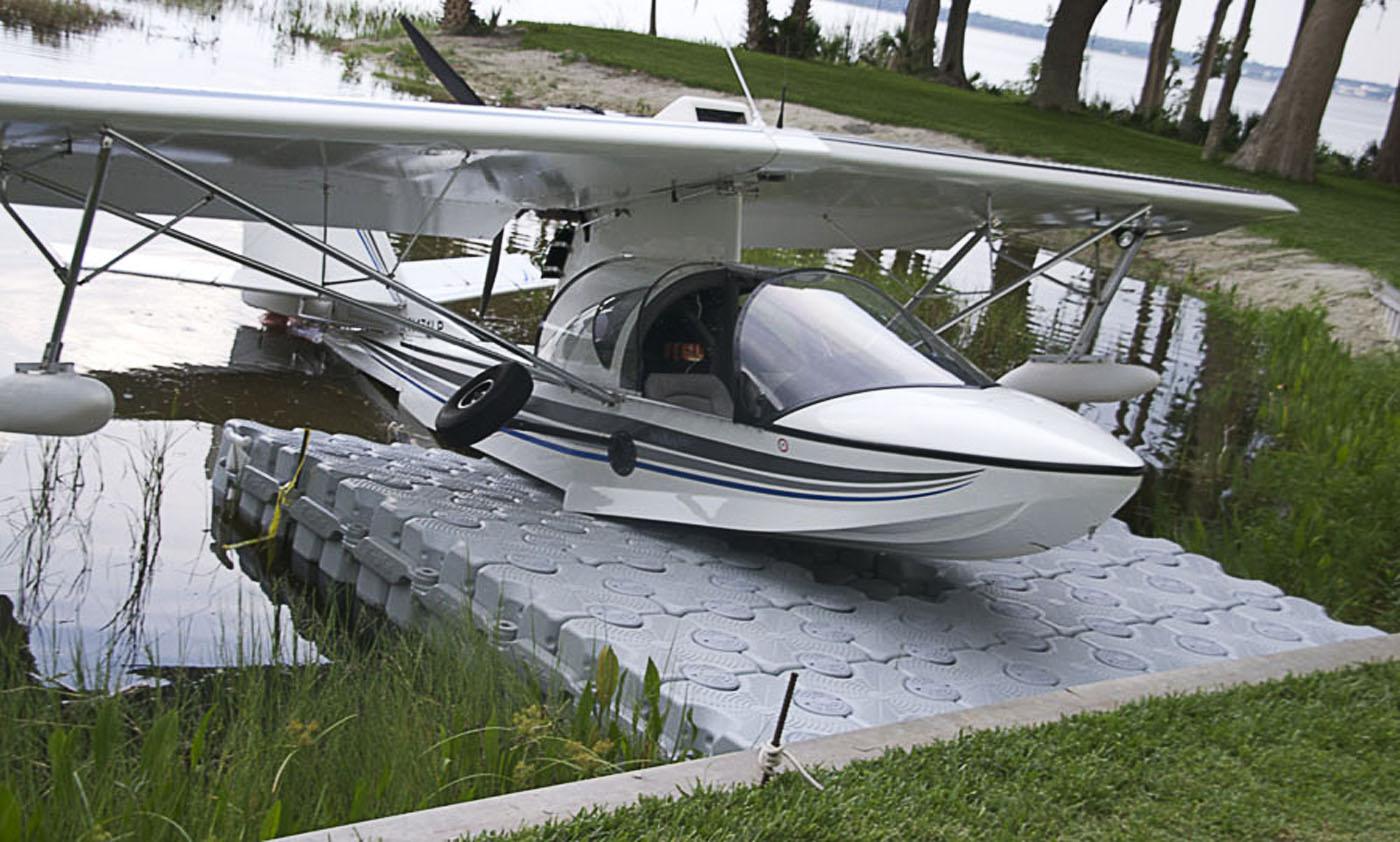 aviao-anfibio-flutuante-pierplas-ntc-float.jpg
